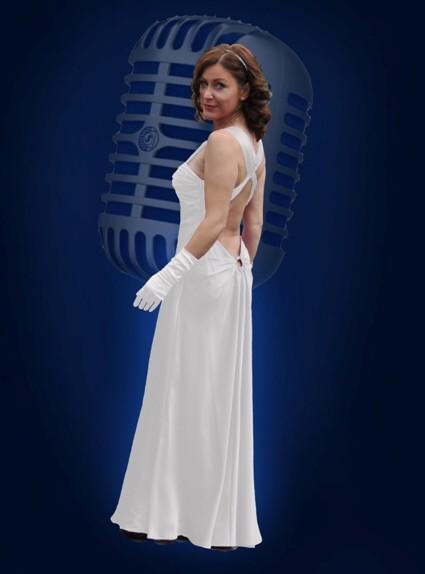1940s Wartime singer for WWII Scotland