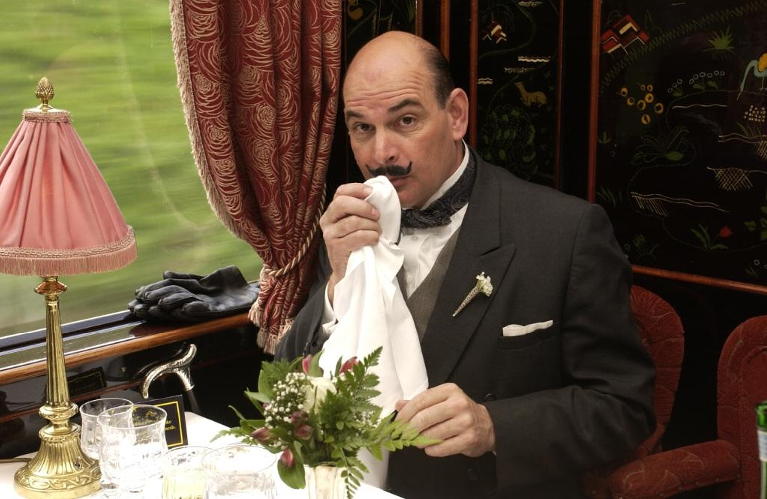 Poirot_Look_alike_for_hire
