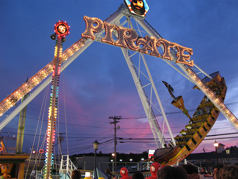 pirate ship ride for hire-68770