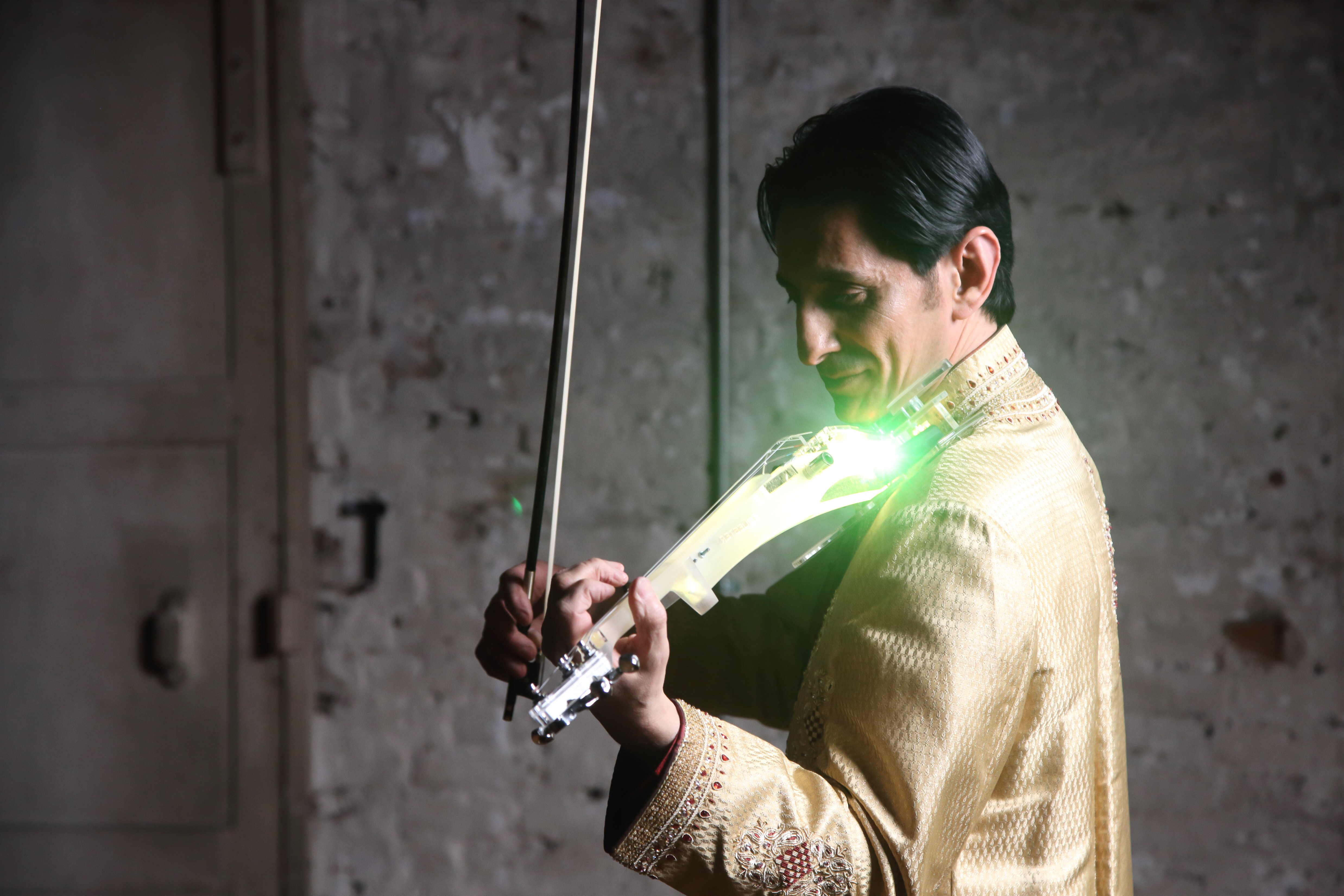Male Electric Bollywood Violinist Ref STVM1-20448