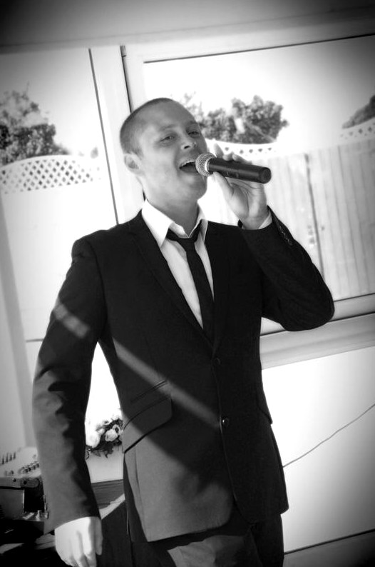 Tribute singer Jon for hire